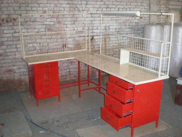 Слесарный стол для гаража